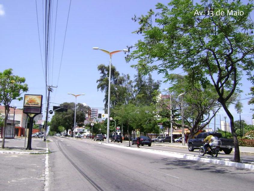 Avenida 13 de Maio
